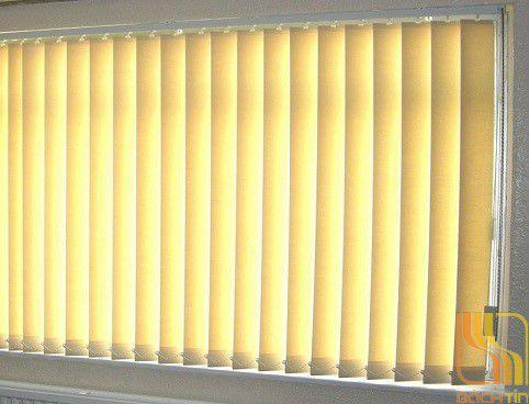 Rèm lá dọc văn phòng cản sáng 80% tại Huế