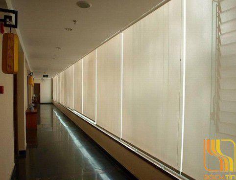 Rèm cuốn lưới trắng sọc cao cấp C4021 tại Huế