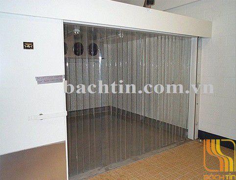Rèm PVC ngăn thất thoát nhiệt lối đi tại Huế