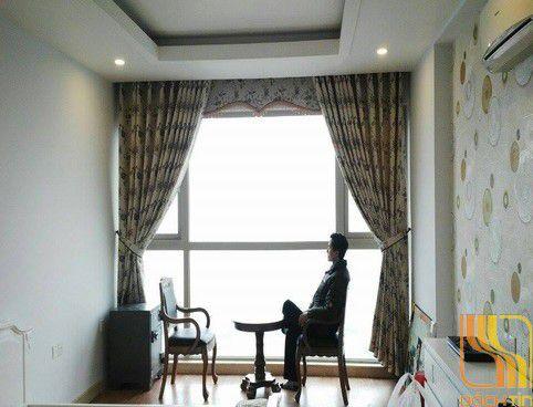 Rèm vải hoa văn tại Huế